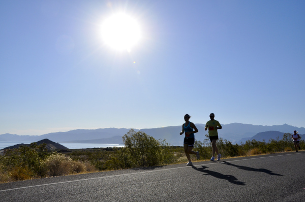 Running_Lake Mead_Andrew Cattoir_2.0